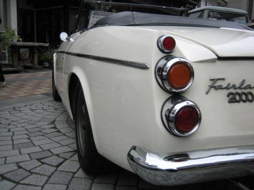 日産 フェアレディーSR311